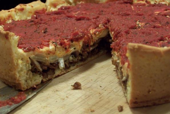VEGAN DEEP DISH PIZZA! | Tasty Vegan Recipes | Pinterest