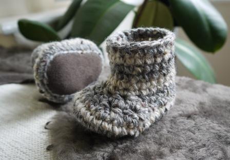 sheepskin sole babies booties - Other Crochet Topics