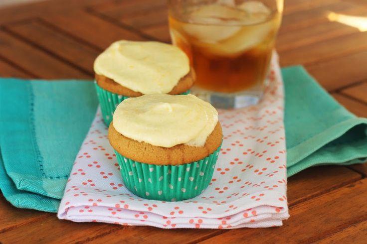 Bourbon Vanilla Cupcakes with Peach Buttercream from @ashleyblom ...