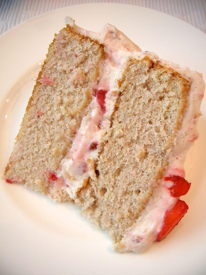 Strawberry Dream Cake | cake recipes | Pinterest