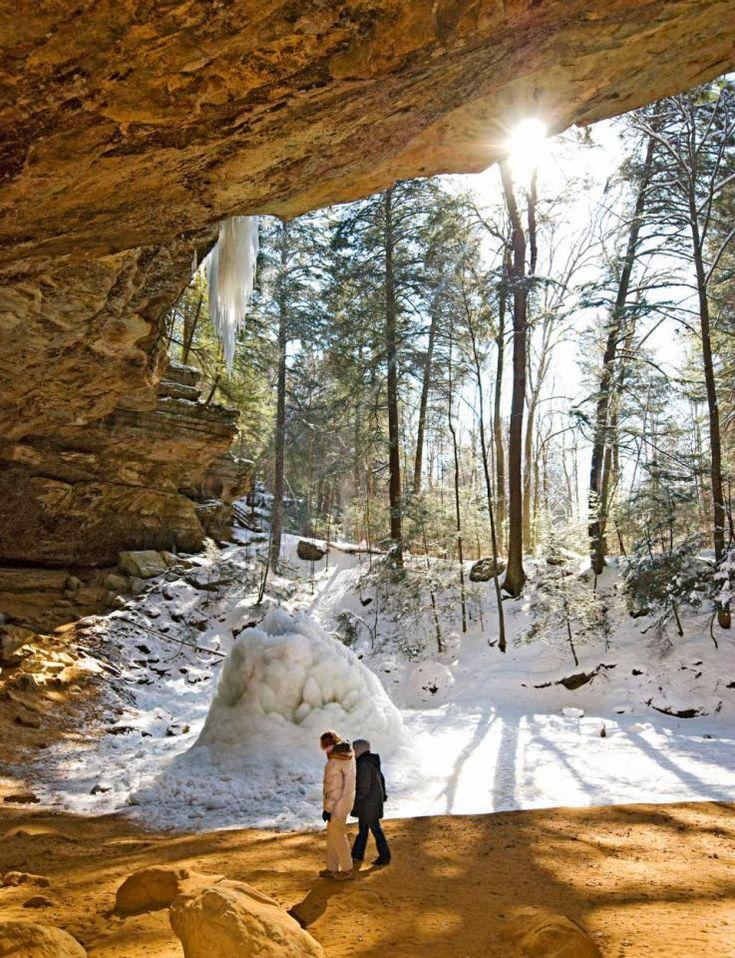 Snowy comfort in ohio s hocking hills for Weekend getaways in winter