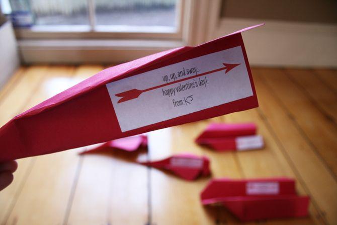 valentine box airplane
