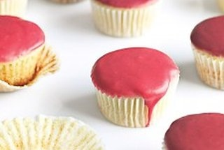 vanilla cupcakes with fruit glaze | Sweets-Baking with Lovin from the ...