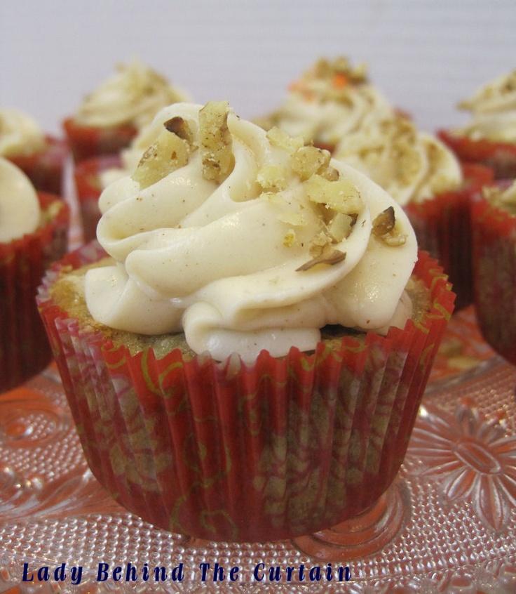 hummingbird cupcakes - another scrumptious cupcake to make.