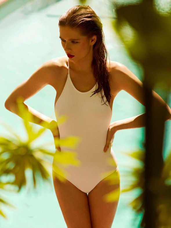Chic and simple one-piece <3.