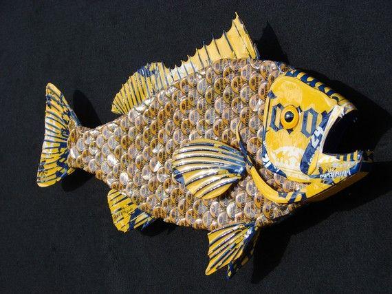 Metal bottle cap fish wall art grouper for How to make beer bottle cap art