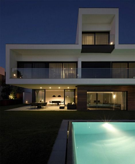 Clean Modern 3 Storey House Design 2 House Inspiration