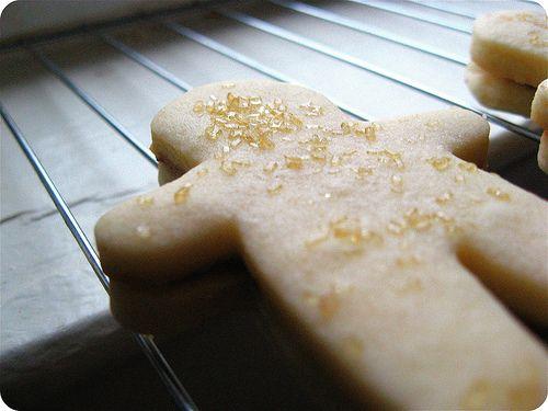 Nutella-Filled Shortbread Sandwich Cookies, yes pleease!