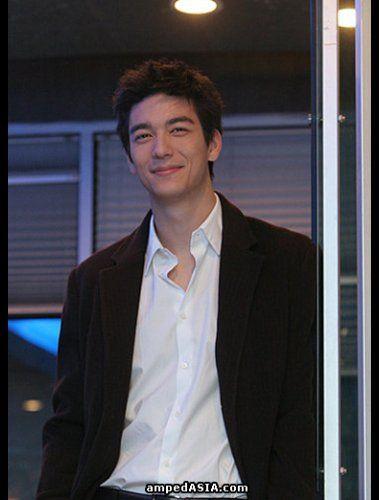 Dennis Oh