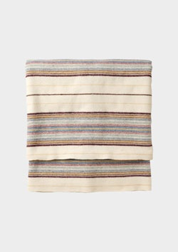 Toast: Gartheli Blanket.