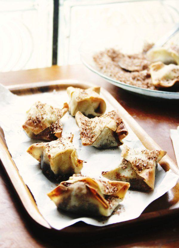 Banana-Chocolate Wontons by sasQuat-ch.deviantart.com