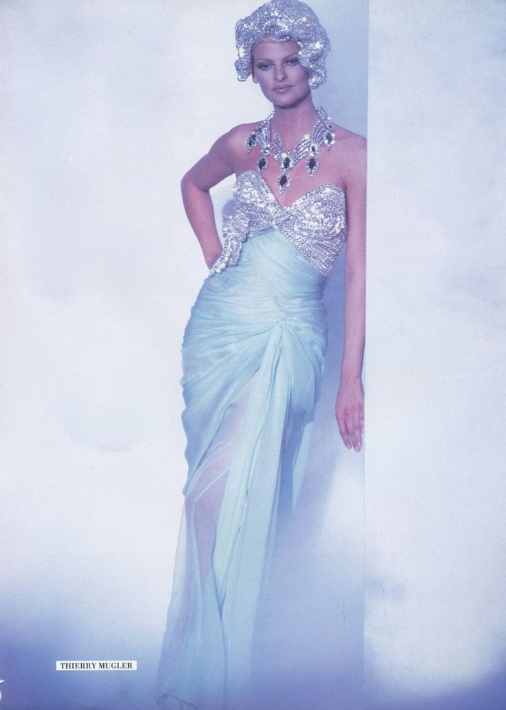 1996-Linda for Thierry Mugler Haute Couture ,Paris