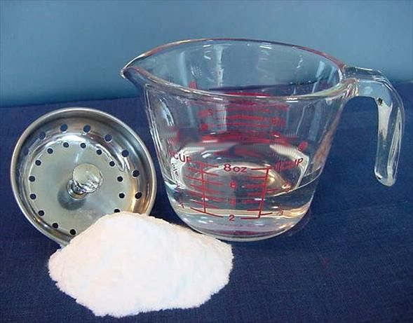 Homemade Drain Cleaner and Declogger. worth a try. 1/4 cup baking soda   1/2 cup vinegar   Directions:  1Pour baking soda into drain.2Follow with vinegar.