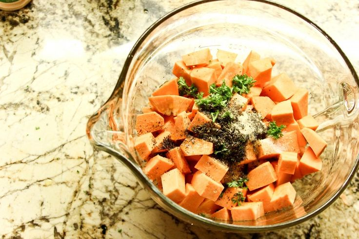 Herb Roasted Sweet Potatoes | Delicious dishes | Pinterest