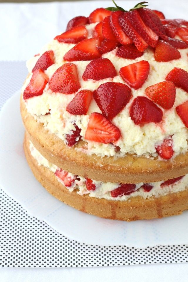 Strawberry Cake with White Chocolate Chantilly