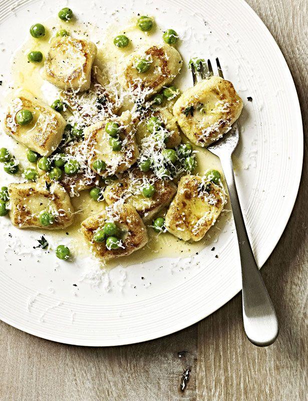 Recipe: Homemade gnocchi with peas. - Gordon Ramsay (saw demo on TV - yum!)