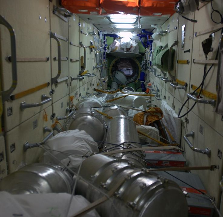 inside space station bed - photo #41