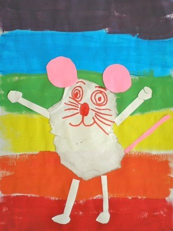 Mouse Paint by Ellen Stoll Walsh. Mouse tear art and painting project.