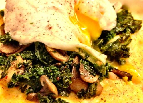 Creamy polenta with kale and mushrooms | Get in my belly | Pinterest