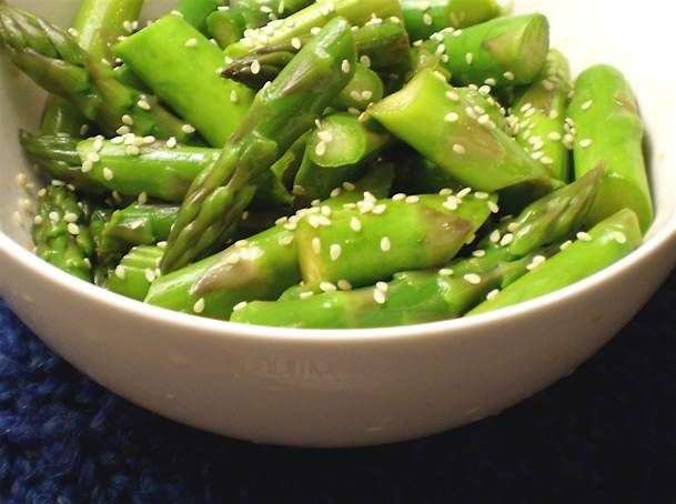 shandong-style asparagus (soy sauce, sesame oil, chili, sesame seeds)