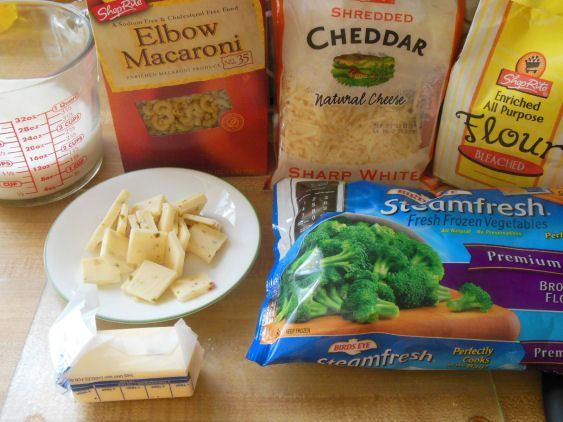 White Cheddar-Broccoli Mac And Cheese Recipe — Dishmaps
