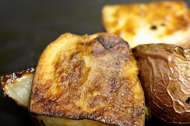 Garlic Rosemary Roasted Potatoes | Deliciouness | Pinterest