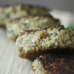 Quinoa Cakes with Basil and Parmesan | Healthy Living | Pinterest