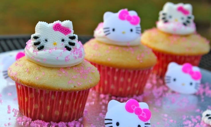 double vanilla hello kitty cupcakes | Party ideas | Pinterest