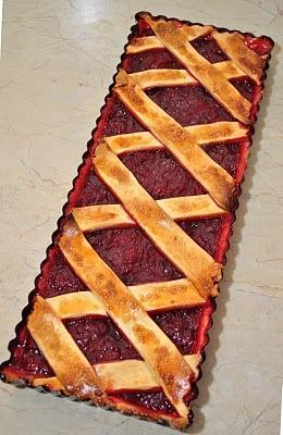 Rhubarb and raspberry crostata | Sweet | Pinterest