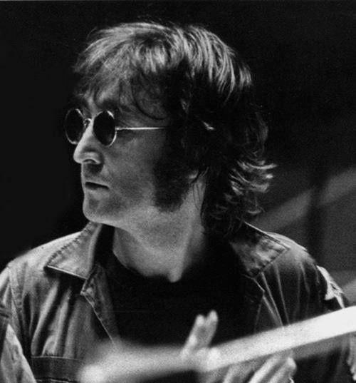 ... by Sharon Q... John Lennon 1972