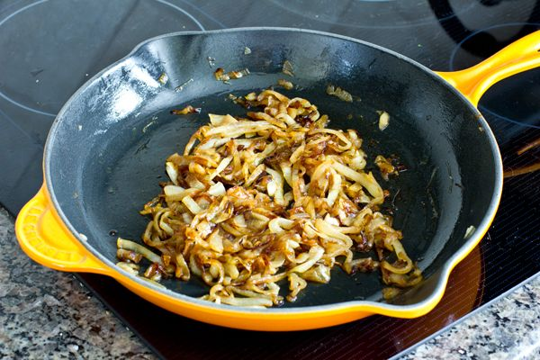 How to perfectly caramelize onions + can keep in fridge/freezer