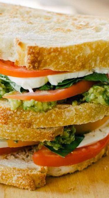 Mozzacado Sandwich