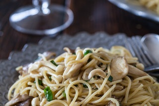 Garlic Noodles with Miso Butter | Yummies | Pinterest