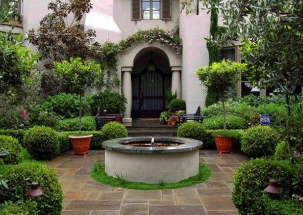 Beautiful home front courtyard for the home pinterest for Homes with front courtyards
