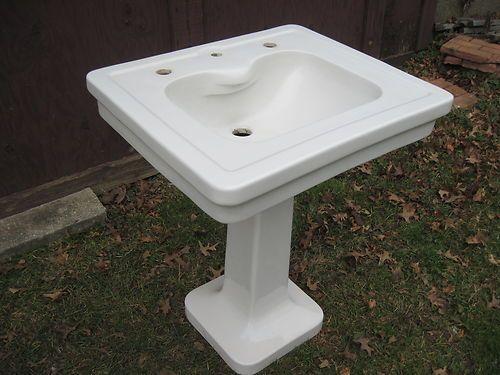 1920 Pedestal Sink : 1920s Maddocks Sons Madbury Pedestal Sink