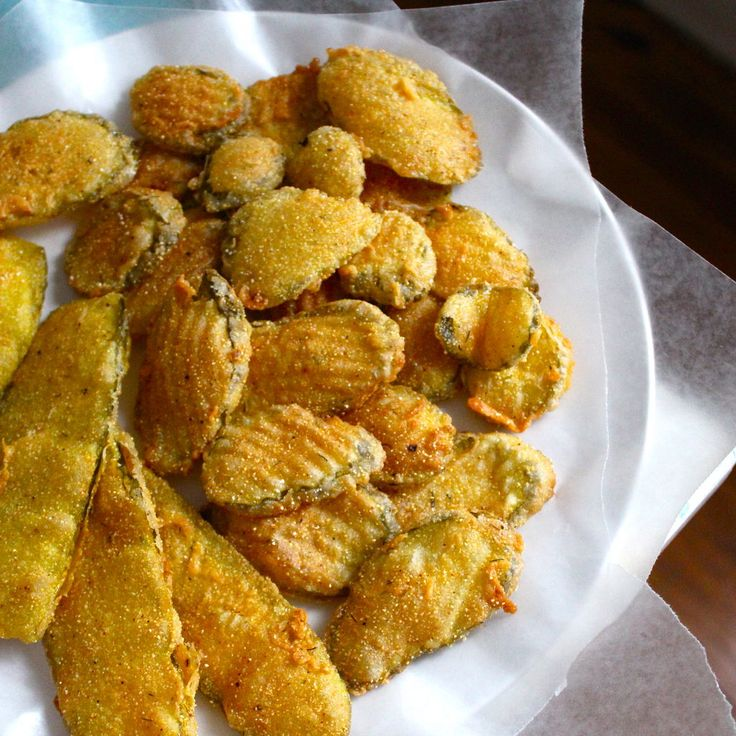 fried pickles....yum! | Pickle party | Pinterest