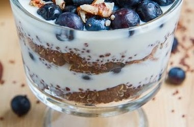 Blueberry Quinoa Parfait | cakes | Pinterest