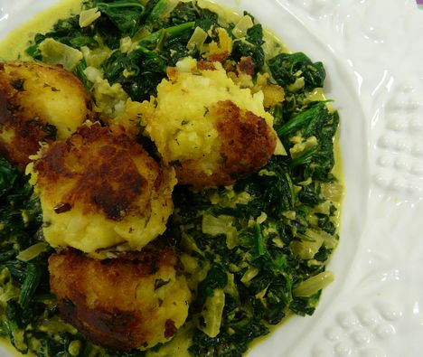 ... Vegetarian: Saag Aloo - Spinach with Fried Potato Balls : TreeHugger