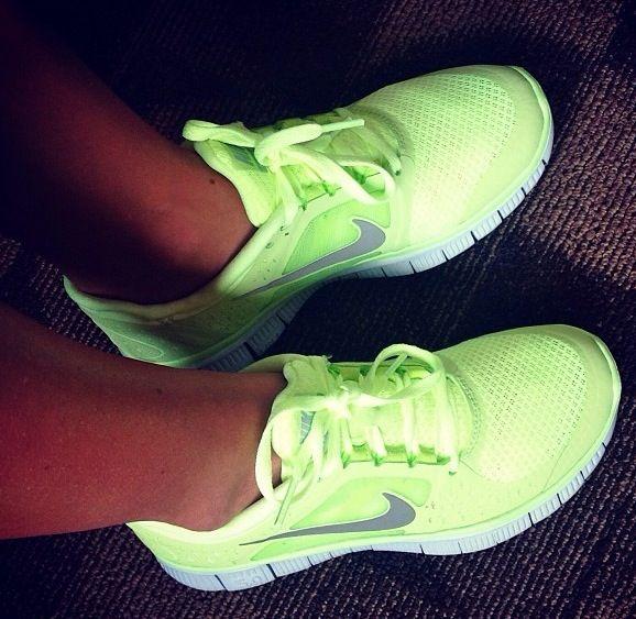Neon Nike running shoes   Nike       Pinterest