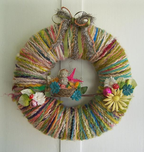 yarn wreath... love | make | Pinterest