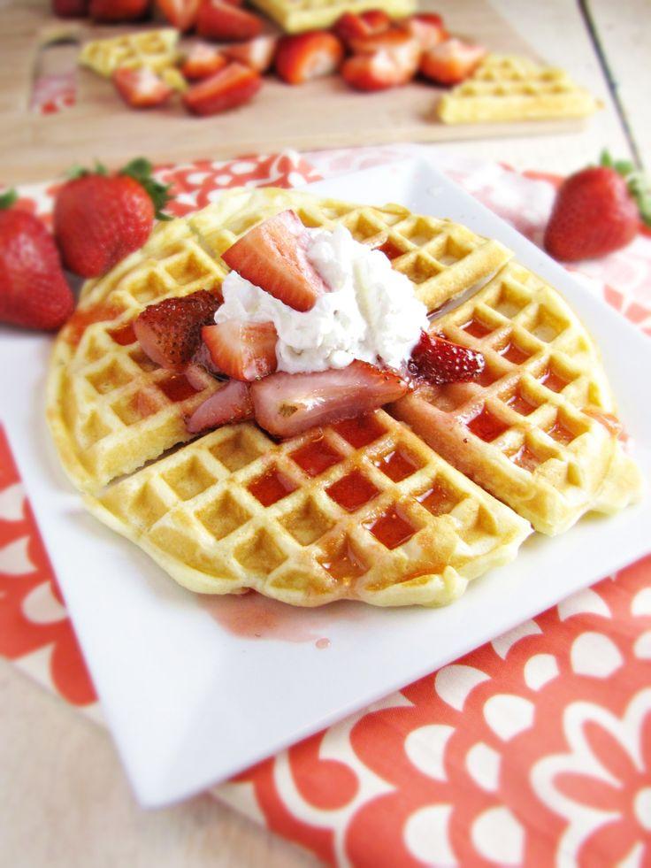 Fresh Strawberries and Cream Waffles. | sweet // waffles. | Pinterest