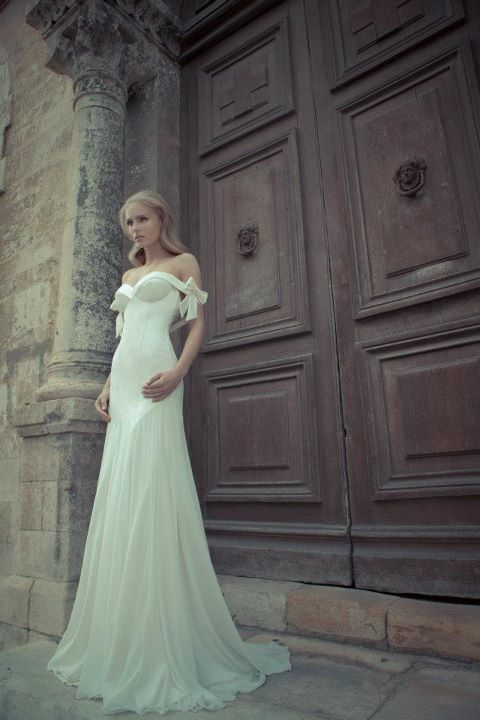 bow wedding dress / yaki ravid