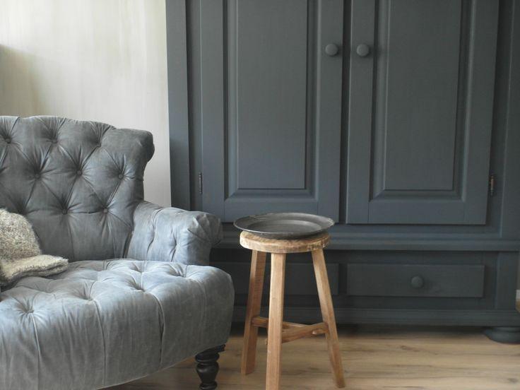Grijze woonkamer kast beste inspiratie voor huis ontwerp for Grijze woonkamer