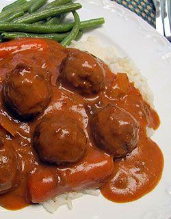 German Style Sauerbraten Meatballs in the slow cooker / crockpot