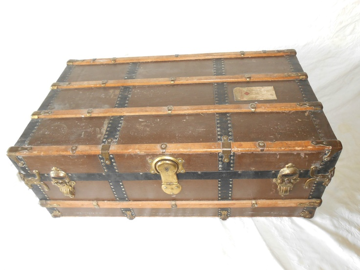 Antique Cabin Steamer Railroad Trunk Chest Coffee Table