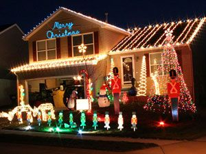 Bright ideas for outdoor lights - Christmas lights house ideas ...