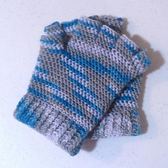 Finger Knitting Directions : Half finger gloves crochet pattern myideasbedroom