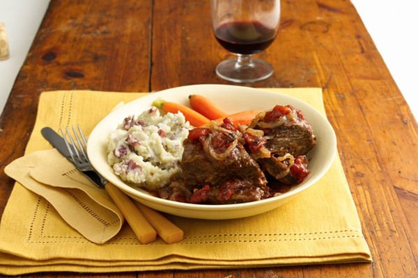 ... Organic Tomatoes | Recipes | Beef Short Ribs with Tomato-Wine Sauce