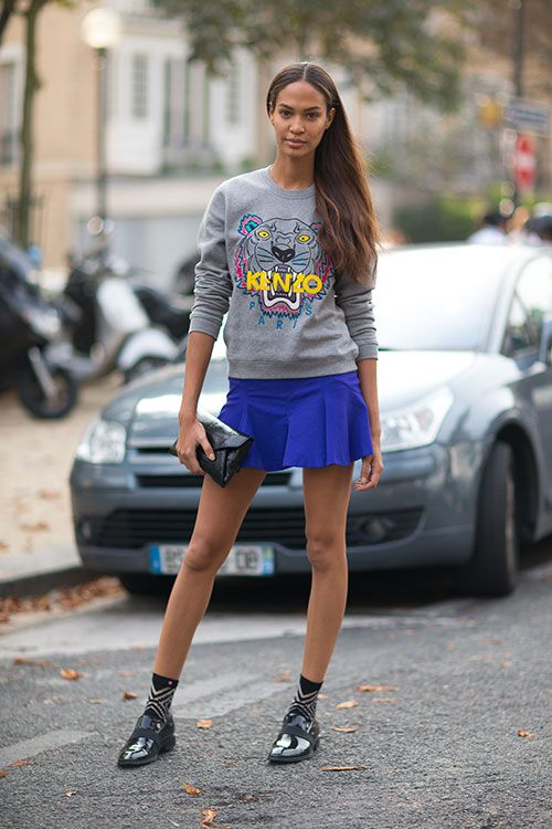 Street Style: Paris Fashion Week Spring 2014 - Joan Smalls in Kenzo sweatshirt