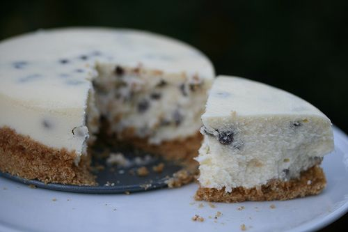 Tall and Creamy Cheesecake | Cakes | Pinterest